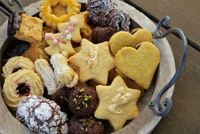 christmas-cookies-2975579_640