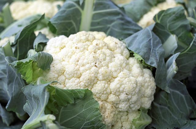 cauliflower leaves 2