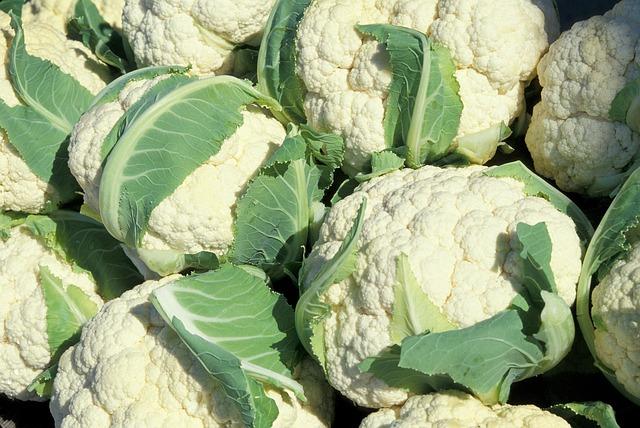 cauliflower leaves 4